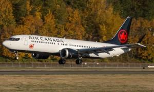 DSC03439E-Air-Canada-737-8-MAX-N60436-678x381