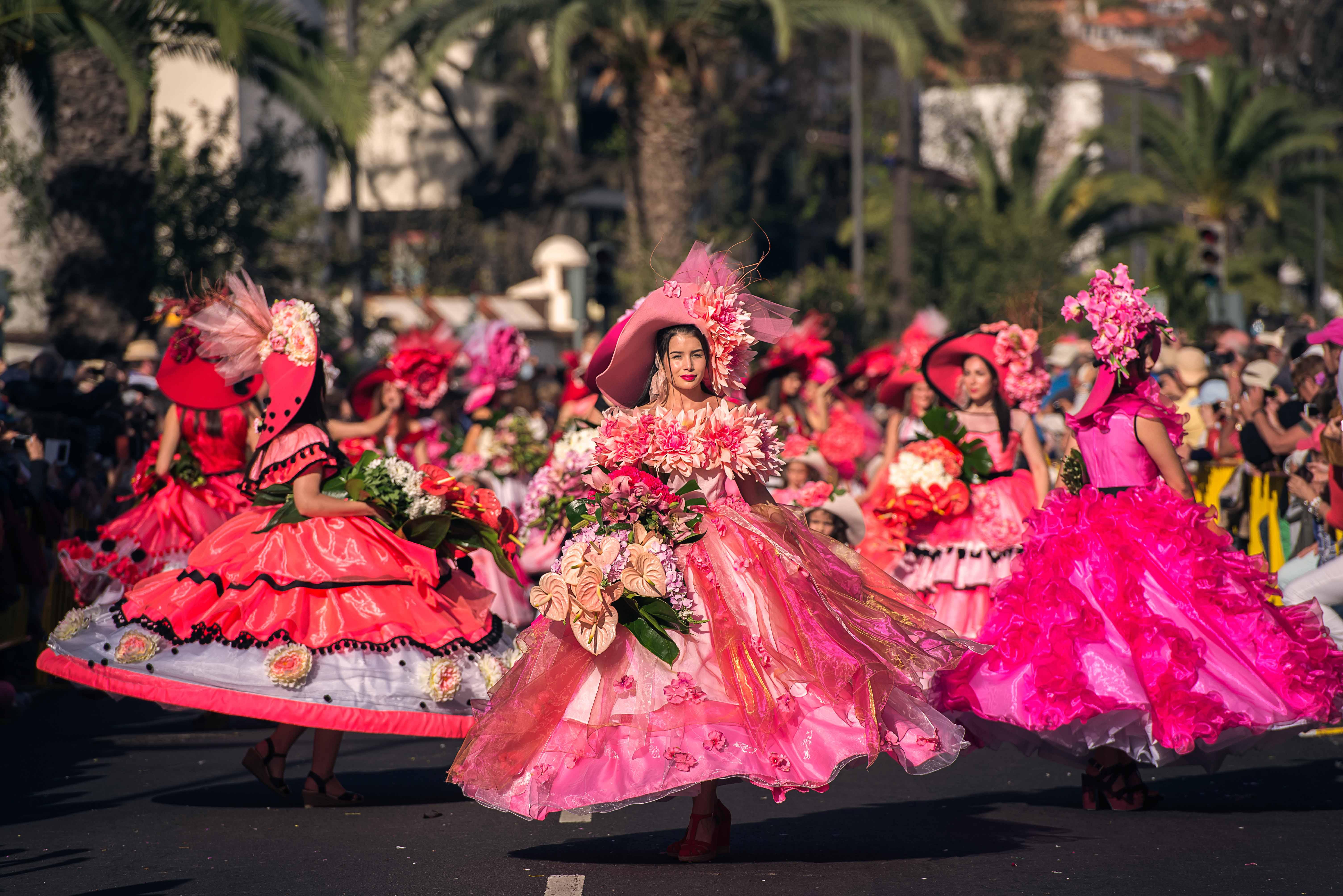 Desfile durante a Festa da Flor, na Ilha da Madeira_ Crédito - Francisco Correia