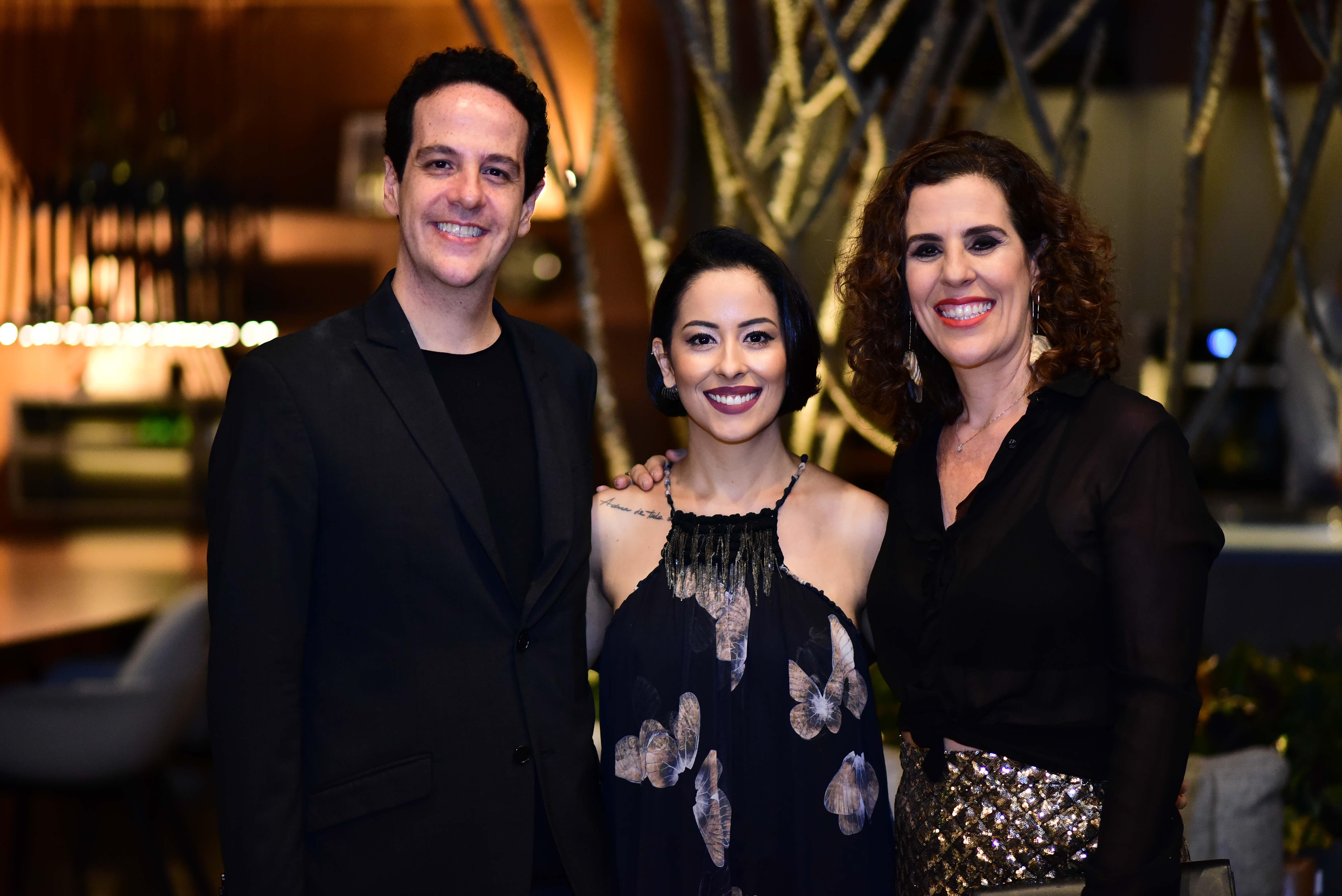Eduardo Bittar, Alice Caldas e Karla Bittar