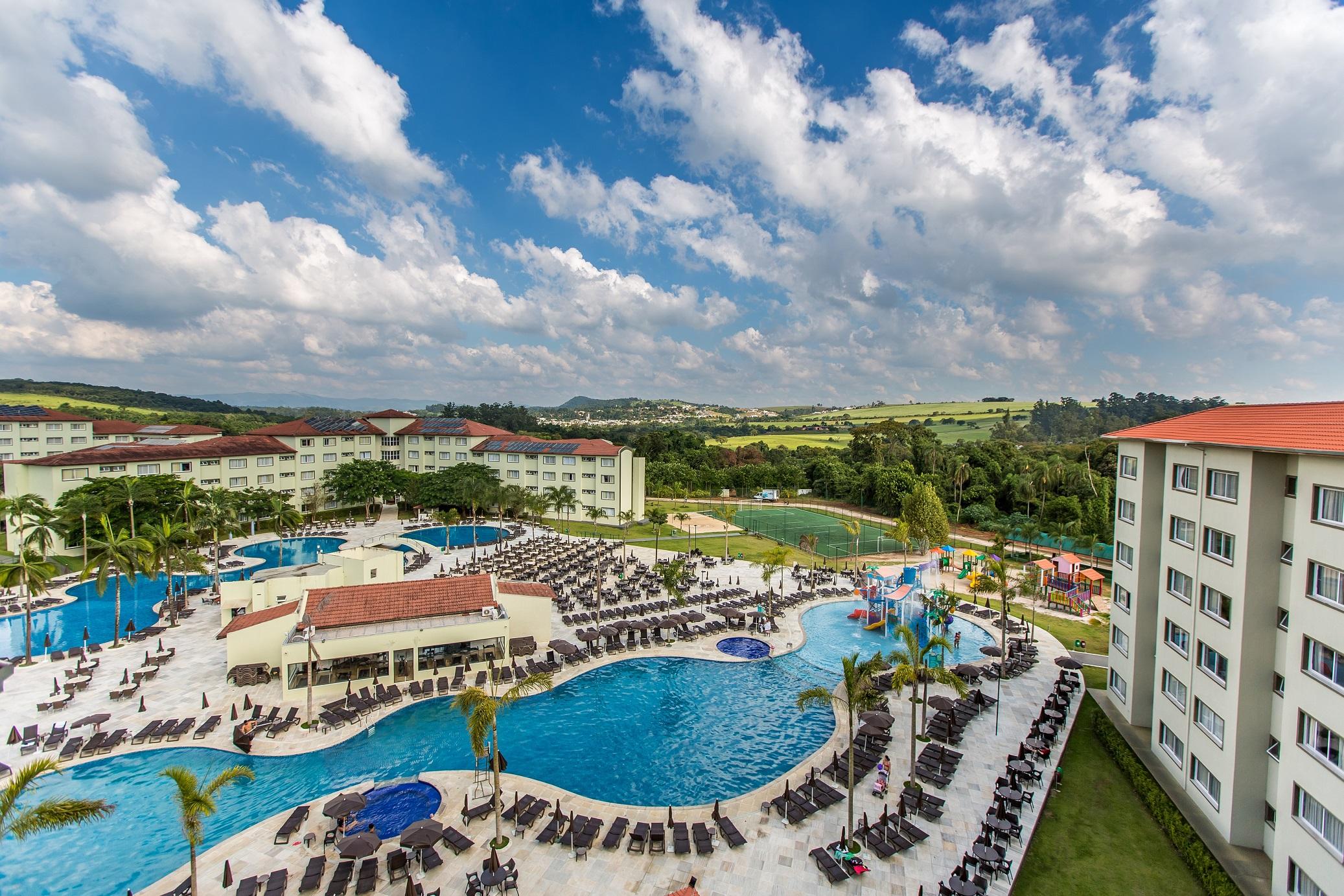 Vista piscina_Tauá Resort & Convention Atibaia