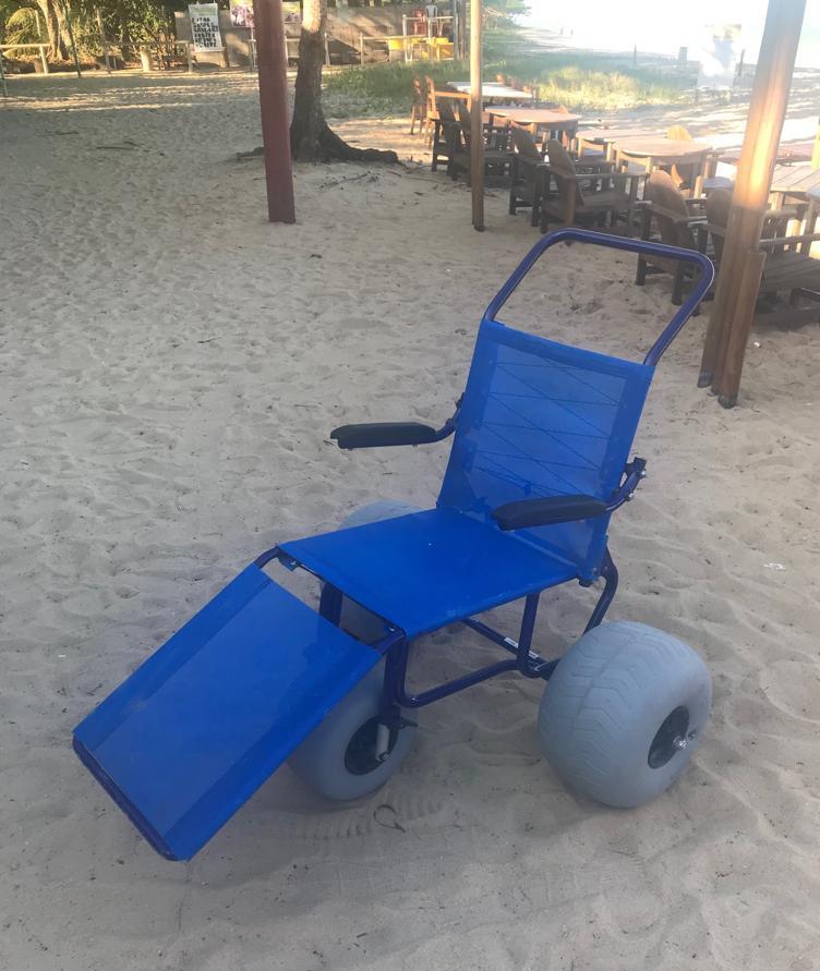 02- Cadeira Anfibia