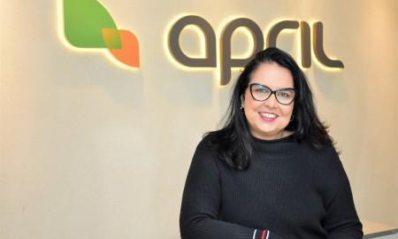 Claudia Brito - diretora comercial da APRIL Brasil Seguro Viagem
