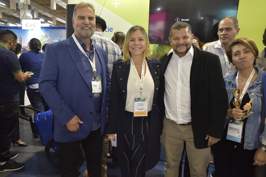 Carlos Alberto de Sá (Grupo Voetur), Vanessa Mendonça (Setur-DF) e Moisés Ponte (Coordenador Viaja Brasília)