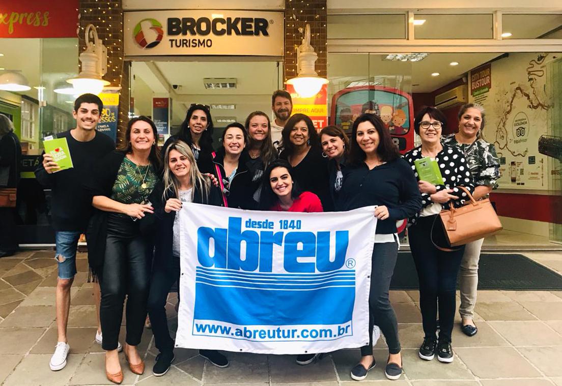 Grupo de Curitiba durante o famtour para Gramado da ABreu