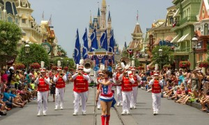 magic-kingdom-parada-do-independence-day-orlando-eua-ali-nasser1