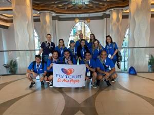 Grupo Visita o Hotel Disney Coronado Resort1